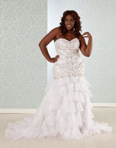 Stunning Bride In A Gorgeous Pnina Tornai Wedding Gown