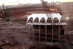 The wrecking crew prepares to demolish the last piece of the second Busch Stadium on the evening of Dec. 7, 2005. (Laurie Skrivan, St. Louis Post-Dispatch)