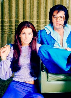 """ladypresley: """"Elvis and Priscilla Presley photographed by Frank Carroll at their Hillcrest home in Beverly Hills, CA., December 10, 1970. """""""