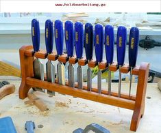 Excellent Table Saws, Miter Saws And Woodworking Jigs Ideas. Alluring Table Saws, Miter Saws And Woodworking Jigs Ideas. Workshop Storage, Workshop Organization, Tool Storage, Woodworking Videos, Woodworking Projects Plans, Woodworking Tools, Woodworking Equipment, Woodworking Machinery, Custom Woodworking