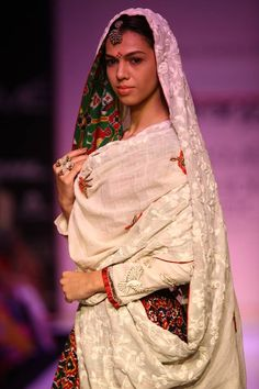 Gaurang Shah, Lakme Fashion Week, Festive Winter 2013. #details #embroidery #khadi
