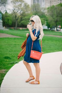 Fashionable maternity outfits ideas for summer and spring 94 #maternityoutfits