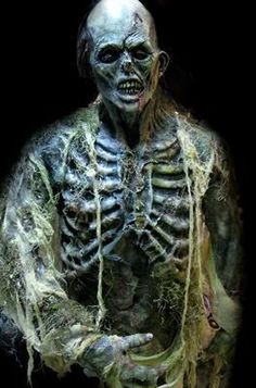 FULLSIZE SWAMP ZOMBIE Horror Statue