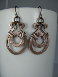 Handmade Hammered Copper Earrings by GeishaCreations on Etsy