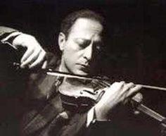 Jascha Heifetz plays Bach Chaconne (part 1)