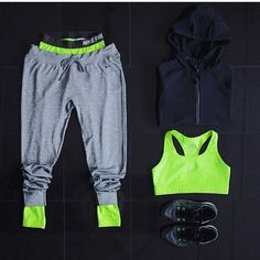 Neon sport outfit