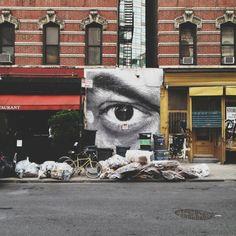 Soho NY street eye. Comic Book Artists, Comic Books, I Love Nyc, Soho, Mount Rushmore, Times Square, New York, Eye, Mountains