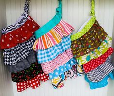 How to make: Ruffle aprons- Christmas gift for the girls