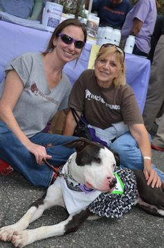 Volunteers from Halfway Hounds, one of the rescue/shelter groups participating in Ridgewood Veterinary Hospital's 7th Adopt-A-Pet Day.