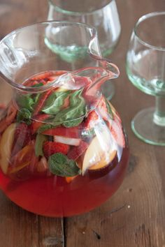 Strawberry and Peach Rosé Sangria - What's Gaby Cooking