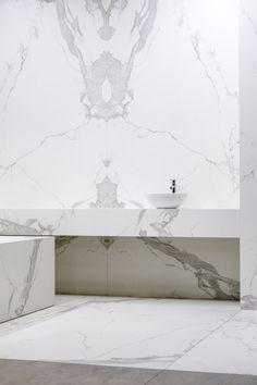 Bathroom in Estatuario #Neolith