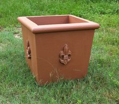 """Lightweight Square Pottery 25.5""""W x 22.5""""H    18lbs. Item # 2015  Custom Colors Available Shown In Terracotta"""