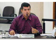 Vereador pede informações sobre compras municipais http://www.passosmgonline.com/index.php/2014-01-22-23-07-47/regiao/4880-vereador-pede-informacoes-sobre-compras-municipais