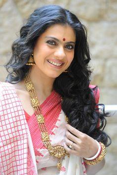 Actress Kajol wearing Ganesha inspired elaborate Mala from Amrapali, Jaipur