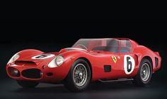 Ferrari 330 TRI/LM 1962  Vendue à 9 281 250 $  Vendue au mois de mai 2007 chez RM Auctions et Sotheby's, cette Ferrari de course est la dernière voiture à moteur en position avant à avoir remporté les 24 heures du Mans.