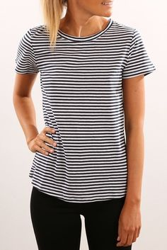 *JEAN JAIL - ELWOOD || Core crew tee navy | Camiseta cuello redondo en azul marino