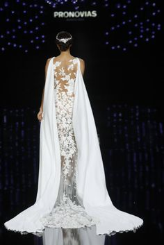 Pronovias 2017 - Bridal Collection (back)
