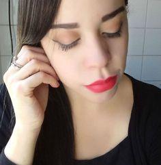 Red lipstick. Batom vermelho.