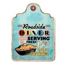 Dit diner wandbord doet denken aan een echte Amerikaanse diner. Het bord kan worden opgehangen maar is ook leuk om staand neer te zetten. Verkrijgbaar bij REAS WoonDeco in Hoogeveen. Bottle Opener, Barware, Phone Cases, Vintage, Om, Vintage Comics, Tumbler, Phone Case