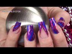 #color   #nails   #pen   #nailart   Die neuen intensiven Farbgele lassen Deine Nailart traumhaft schön zur Geltung kommen. In Kombination mit den Nail-Art Pens gelingen Dir im Handumdrehen funkelnde und aufregende Designs. Hier findest Du alle Produkte: http://www.prettynailshop24.de/shop/nailart-nail-art-pens-farbgele-video_759.html#Produkte?utm_source=pinterest&utm_medium=referrer&utm_campaign=pi_nailart_nailart_pens4015