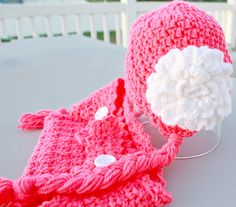 Scallop Hat and Diaper Cover Set. $20.00, via Etsy.
