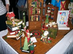 2009 National Gingerbread House Competition pictures - I didn't make this. by SweetCakery