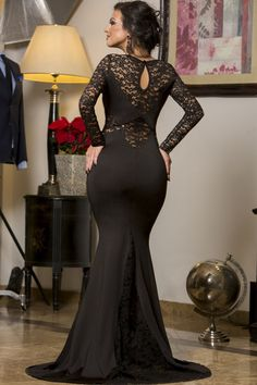Let the #elegance of lace make you stand out from the rest.Our #Black Long Lace Sleeve Mermaid #PromDress features a mermaid #princess silhouette #wedding #sexy