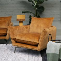 Formal Living Rooms, Living Room Decor, Orange Sofa, Sofa Seats, Industrial Interiors, Wingback Chair, Home And Living, Love Seat, Decoration