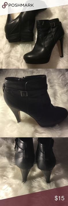 Madden Girl Carly Black Ankle Boots Pre owned in good used condition with visual signs of wear shown in pictures. They are not perfect but still have plenty of life left. Black man made materials Madden Girl Shoes Ankle Boots & Booties
