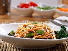 Recipe Barilla PLUS® Spaghetti with Kale, Fava Beans, Traditional Barilla Sauce & Shredded Romano Cheese - Barilla