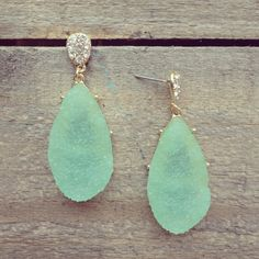 sea glass earings... want.