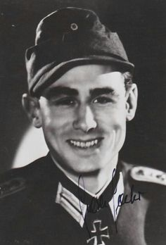 """✠ Helmuth Spaeter (March 11th, 1918 - July 5th, 1999) RK 28.07.1943 Rittmeister Chef 2./Pz.Aufkl.Abt """"GD'"""