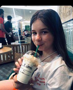 Emma is so cute❤😘 Emma Happy Celebrities, Instagram Posts, Thailand, Annie, Happy, German, Fan, Actors, Nails