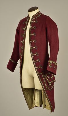 LOT 48 GENTLEMAN'S EMBROIDERED WOOL COAT, 1780 - whitakerauction