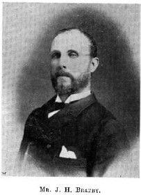 """En 1948 es va establir el Institute of Public Relations (CIPR) i un any més tard J.H brebner publica el llibre """"Relacions Públiques i Publicitat"""", aquest va ser el primer llibre Británic que portaba al títol """"Relacions Públiques""""."""