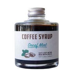 カフェインレスの豆を使用した濃縮ミントコーヒーシロップ