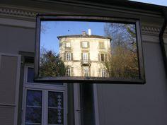 Spiegelbild Public Relations, Marketing, Windows, Photos, Mirror Image, Communication, Things To Do, Photo Illustration, Window