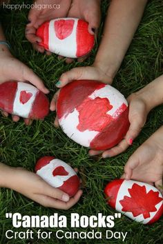 Canada Rocks an Easy Canada Day Craft for Kids is part of Quick Kids Crafts Happy Hooligans - Here's a quick and easy, last minute craft for Canada Day! All you need are smooth beach stones and acrylic craft paint! Canada Day Party, Canada Day 150, Canada Canada, Happy Hooligans, Rock Crafts, Fun Crafts, Arts And Crafts, Simple Crafts, Tips And Tricks