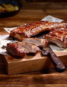 Spare-ribs au four Ribs Au Four, Pork Recipes, Healthy Recipes, Ribs On Grill, Good Food, Yummy Food, Dinner Salads, Food Design, Food Photo