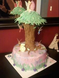 lick your lips cakes tinkerbell tree cake more cakes tinkerbell cakes ...