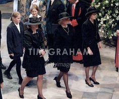 Photos of Princess Diana's funeral | Funeral of Diana Princess of Wales - Princess Diana Photo (18309945 ...