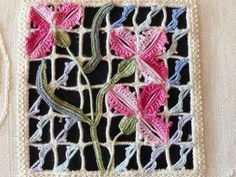 Broderie et Tricot - Embroidery and Knitting: Hardanger Jours Reticello Cilaos Schwalm Punto-Antico Blackwork Châles Shawls Echarpes Scarves Hardanger Embroidery, Beaded Embroidery, Embroidery Patterns, Hand Embroidery, Stitch Patterns, Brazilian Embroidery Stitches, Embroidery Needles, Drawn Thread, Thread Work