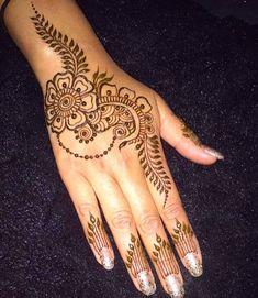 Mehandi Henna, Henna Tattoos, Art Tattoos, Mehendi, Tatoos, Cool Tattoos, Easy Henna, Henna Designs Easy, Simple Henna