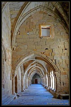 Vallbona de les Monges - Claustre - Nau Nord - Segle XIV - Estil ojíval   (Ruta del Cister) Lleida  Catalonia