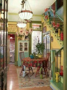 47 Shabby Chic Farmhouse Living Room Decor Ideas - Eclectic Home Decor Hippie Home Decor, Retro Home Decor, Quirky Decor, Vintage Decor, Kitsch Decor, Design Vintage, Vintage Ideas, Bedroom Vintage, Boho Decor