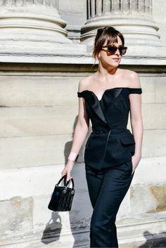 Dakota Johnson attends DIOR show at Paris Fashion Week - 6 March 2015