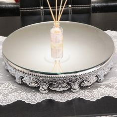 Aynalı sunum tepsisi gümüş renk yuvarlak jardinyer 40cm ürünü, özellikleri ve en uygun fiyatların11.com'da! Aynalı sunum tepsisi gümüş renk yuvarlak jardinyer 40cm, dekoratif objeler kategorisinde! 906