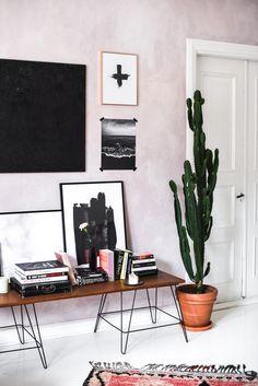 Stella Harasek, pink wall