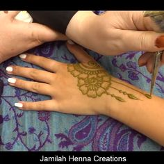 New England's premier henna artist. Henna for parties, weddings, brides and events. Eid Mehndi Designs, Henna Hand Designs, Henna Patterns Hand, Mehndi Designs Finger, Indian Henna Designs, Modern Mehndi Designs, Mehndi Designs For Beginners, Mehndi Design Pictures, Mehndi Designs For Fingers