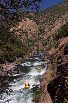 Grays Grindstone Rapid on California's Tuolumne River